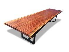 Móveis especiais em madeira maciça produzidos a partir de troncos e tora de árvores, elevado design, sustentabilidade e qualidade Mesa Rústica, Mesa de tronco