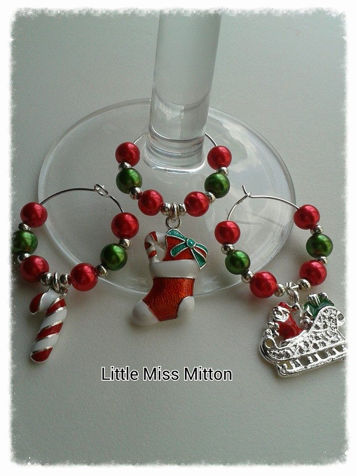 Gorgeous Christmas Wine Glass Charms :-) https://www.facebook.com/littlemissmitton