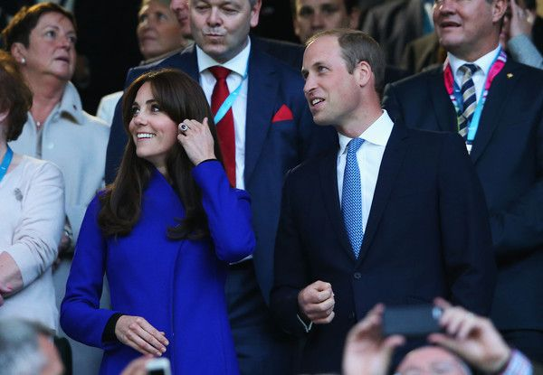 (L-R) Catherine, Duchess of Cambridge, Prince William, Duke of Cambridge, World Rugby Chairman Bernard Lapasset and Prince Harry attend the opening ceremony ahead of the 2015 Rugby World Cup Pool A match between England and Fiji at Twickenham Stadium on September 18, 2015 in London, United Kingdom.