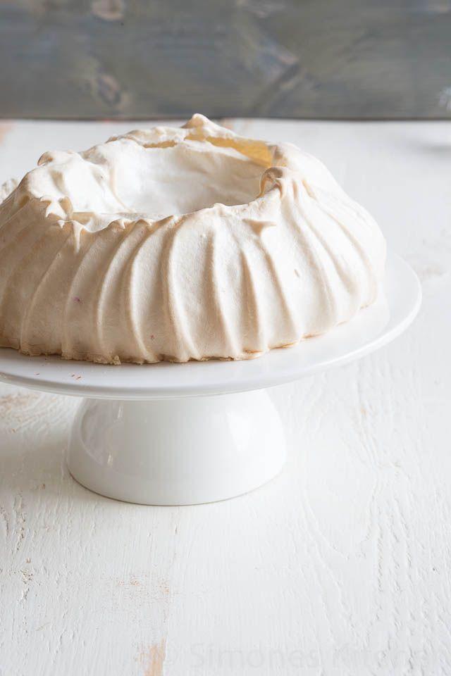 42 best Desserts - Pavlova images on Pinterest | Pavlova ...