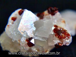 Magnesita Com Espessartita Vermelho Granada Exotica e Especial