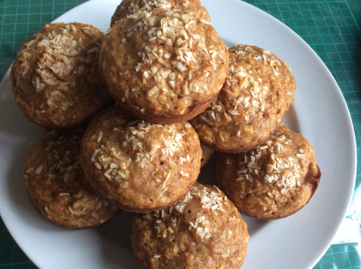 Apple-coconut-carrot muffins with cinnamon