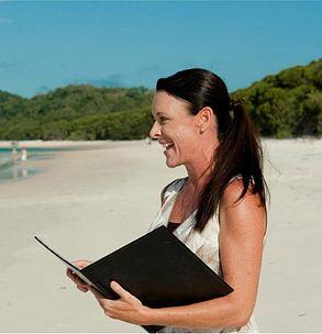 Deanna Kent| Wedding Celebrant| Whitsunday's Queensland
