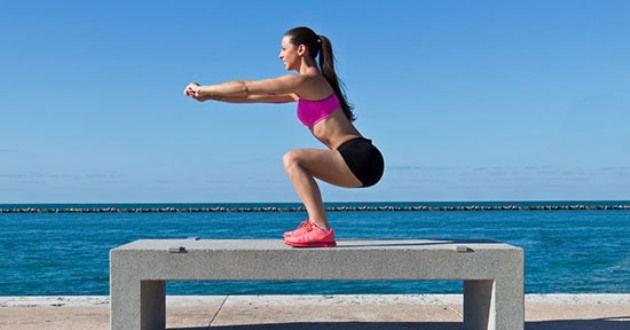 Rassodare l'interno coscia (fin da ora), 5 esercizi per gambe sode e snelle da fare in soli 10 minuti