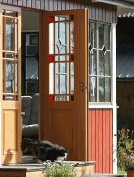 Niklas snickare, Österfärnebo. Gör dörrar, fönster och kök mm,