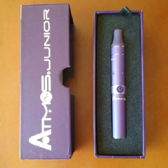 Atmos Junior Vaporizer Purple, small handheld vaporizer. There is no extra chamber, has been used, comes in its box. Atmos Junior Other