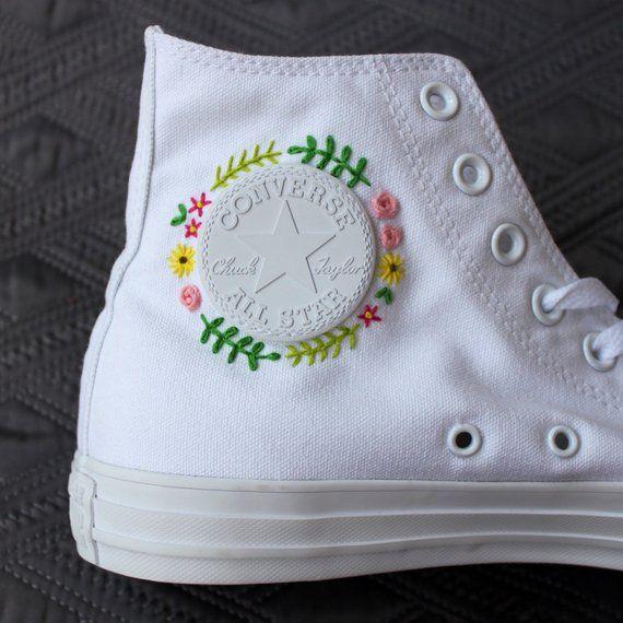 Floral Embroidered High Top Converse | Scarpe fai da te, Idee ...
