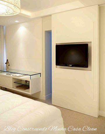 Modernidade e sofisticação!     Há poucos anos foram lançadas as TV's mais finas (Plasma, LCD e Led) e o mundo da decoração de interio...