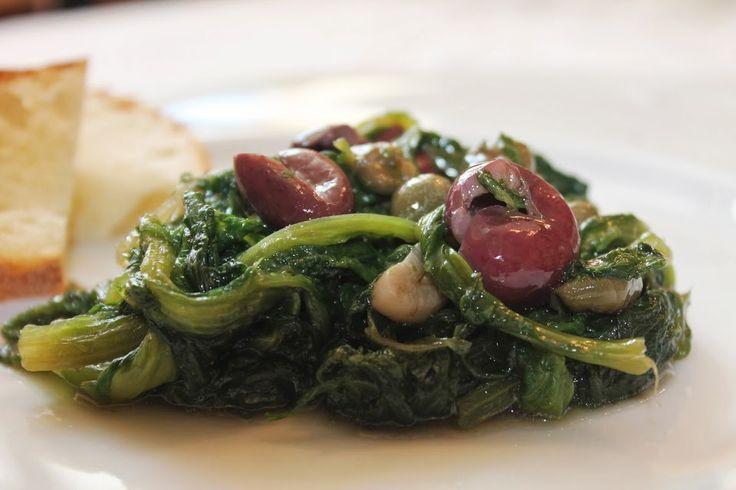 Scarola, olive e capperi.