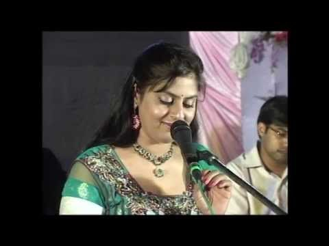 Ek Pyar Ka Nagma He = Shor, By Sarrika Singh Live at Morbi,Gujurat. - YouTube