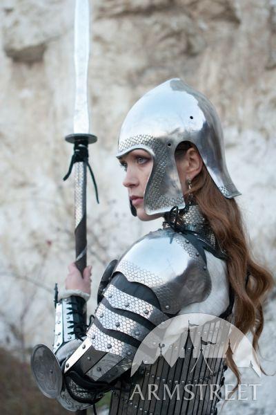 Armatura completa da donna Lady-Warrior di ArmStreet