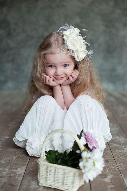 """Flower diadem for girl / Детская бижутерия ручной работы. Ярмарка Мастеров - ручная работа. Купить Украшение в причёску  """"Ванильные цветы"""". Handmade. Украшения для девочек"""