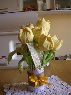 @Rosy@ profumo di lavanda: TUTORIAL tulipani di stoffa, TULIPA DE TECIDO