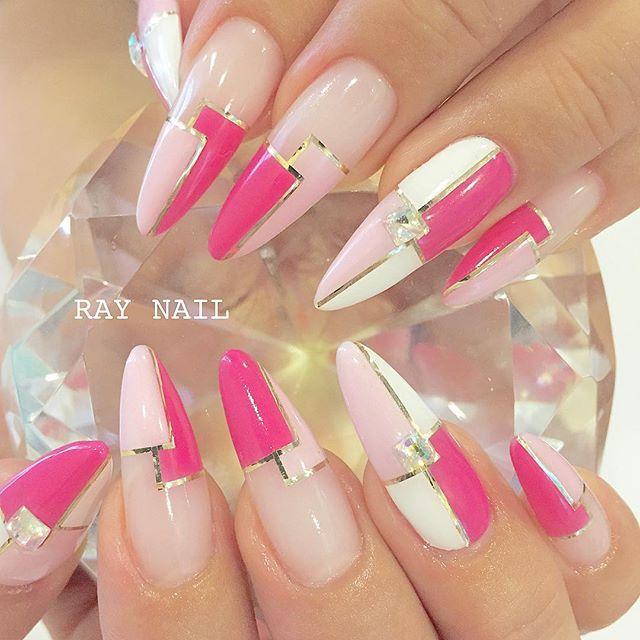 ota #nail #nailart #ネイル #nails #naildesign #raynail #gel #gelnail #ジェル #ジェルネイル #ネイリスト #ネイルサロン #浜松市 #浜松市ネイルサロン #pink #acrylicnails #art #pattern #blocking #ブロッキング #スカルプ #派手 #スカルプ #ロングネイル by raynail_barazima