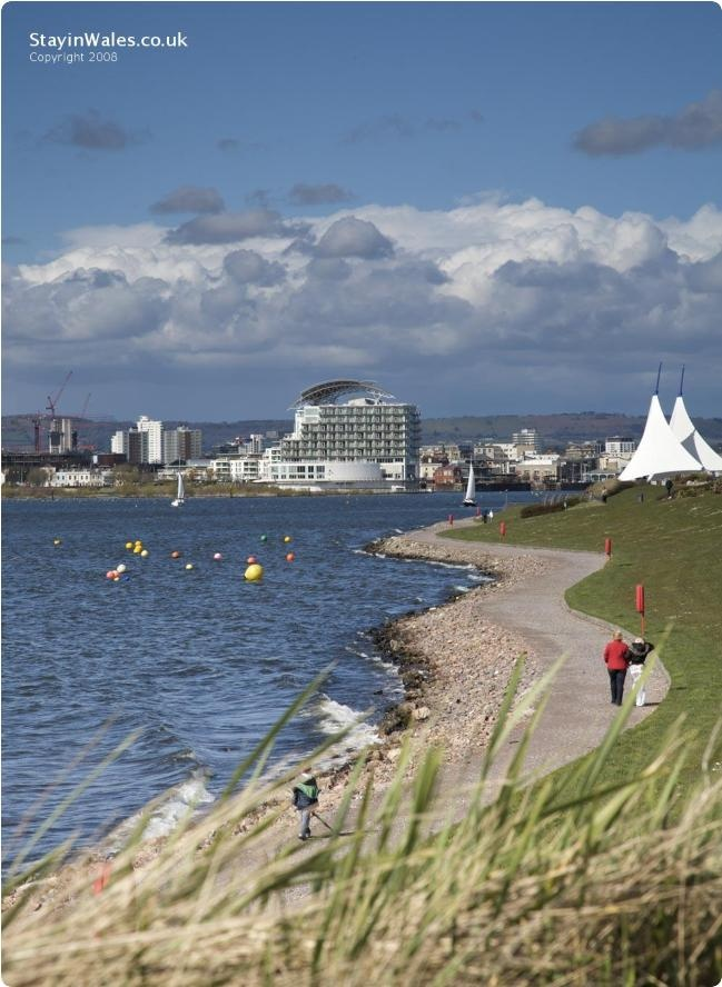 Mermaid Quay seen from Cardiff Bay Barrage | Stay in Wales