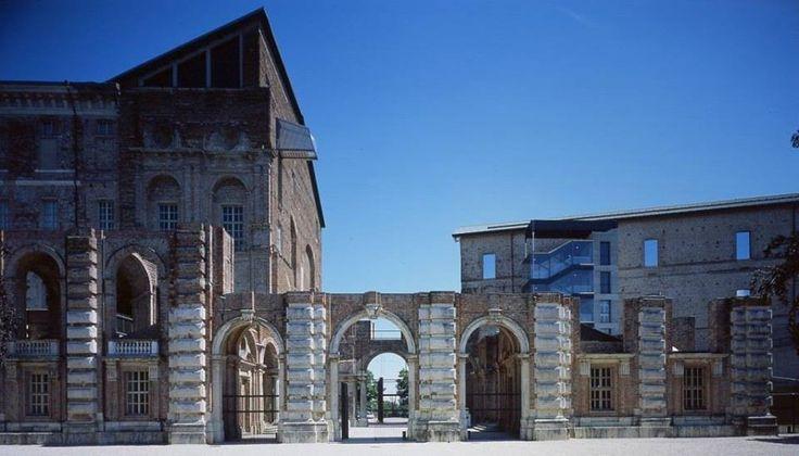 A partire dal 1° Dicembre sarà attiva la nuova convenzione tra #Stupinigi e Castello di Rivoli Museo d'Arte Contemporanea: il biglietto d'ingresso intero a uno dei due musei darà diritto all'accesso scontato al secondo.