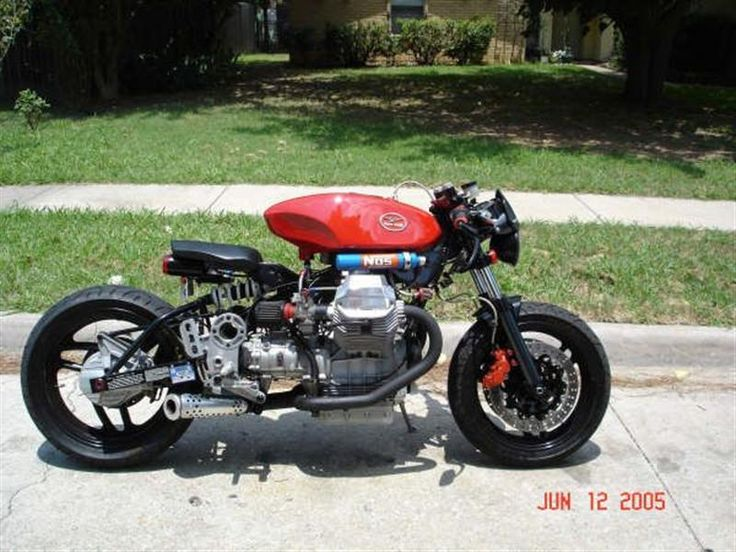 Photo of the Day: Moto Guzzi 1100 NOS - Cafe Racer - Moto Guzzi - Picture of the Day - Tuning - Motorcycle Caradisiac - Caradisiac.com