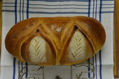 Szánter blogja.: Levélmintás kenyér fázisfotókkal.