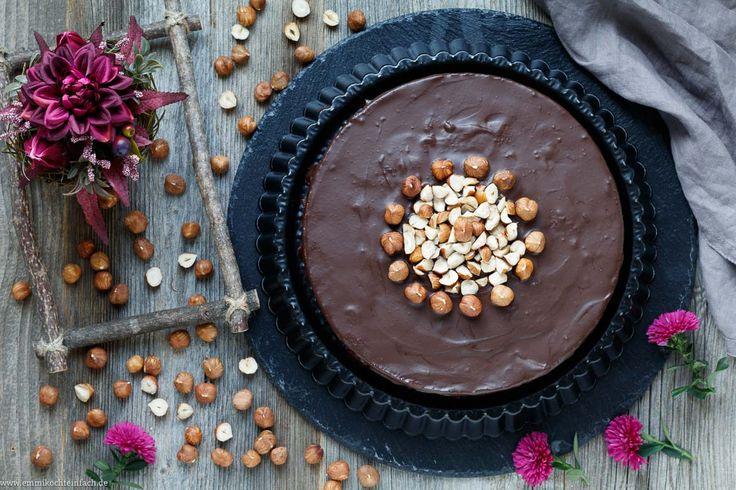 Der Food-Blog, der es dir leicht macht. Das einfache, gelingsichere Rezept für Haselnusskuchen ohne Mehl mit einer Schritt-für-Schritt-Anleitung in Bildern.