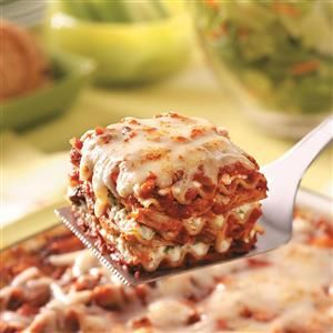 Hearty Chicken Lasagna Recipe -Give this good-for-you lasagna a try. The lean chicken is a nice change of pace from traditional lasagnas calling for Italian sausage or ground beef. —Sharon Skildum, Maple Grove, Minnesota