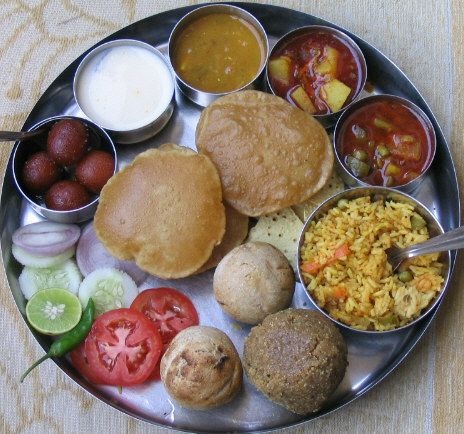 North Indian food......yum - राजस्थानी व्यंजन