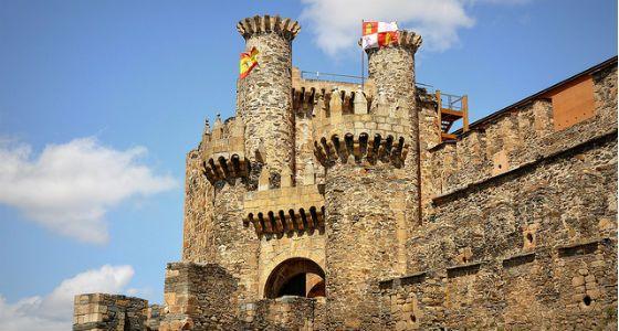 Los 15 castillos más bonitos de España   El Viajero Fisgón