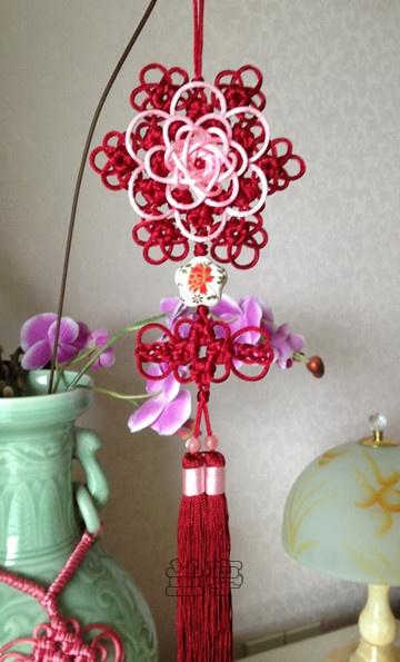 Flores nudos chinos