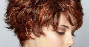 Frisur stufen lange haare #frisuren #frisuren2018 #frisureneinfache #frisurenlanghaar #haar #haarmodelle #neuefrisuren #neuefrisuren2018 #neuemodelhaar