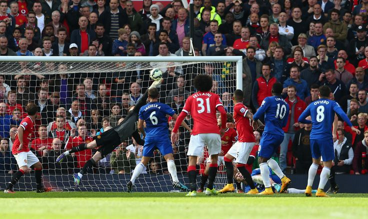 David De Gea pulled out this magnificent save to secure @manutd's win over Everton in October 2014.