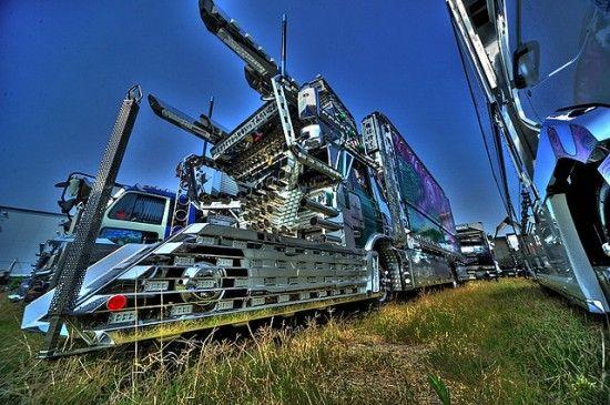 Dekotora Art Trucks-19