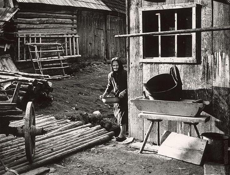 Martin Martinček: Stará gazdiná na dvore:1962 - 1965