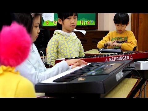 Nujabes-Aruarian dance / Cover by 2nd grade students / 누자베스 - Aruarian dance 2학년 초등학생 합주 - YouTube