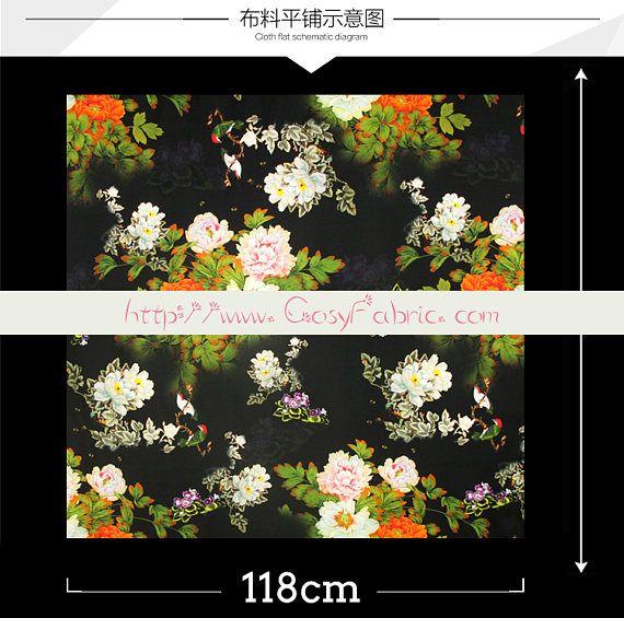Tela Charmeuse de seda elástico negro con estampado Floral
