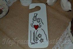 Cedulky na dveře a svatební ramínka > Cedulka na dveře Novomanželé -