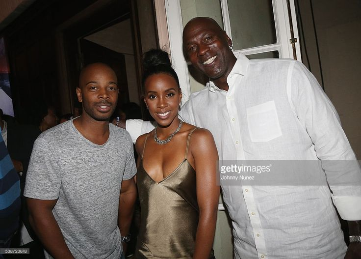 Tim Witherspoon, Kelly Rowland and Michael Jordan attend An Intimate Evening With Michael Jordan And Neymar Jr on June 1, 2016 in New York City.