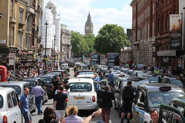 London taxi protest: Cabbies gridlock central London over Uber app - London - News - London Evening Standard