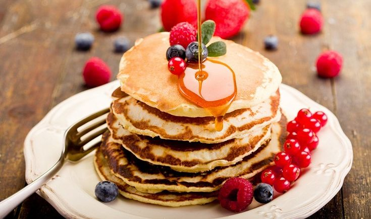 Γλυκά ή αλμυρά, τα pancakes- κάτι σαν τις τηγανίτες στο πιο αφράτο τους- έχουν πολλούς οπαδούς. Όπως κι αν τα προτιμάτε, σας δίνουμε τις διευθύνσεις όπου θα βρείτε τα πιο νόστιμα, λαχταριστά και αφράτα pancakes.