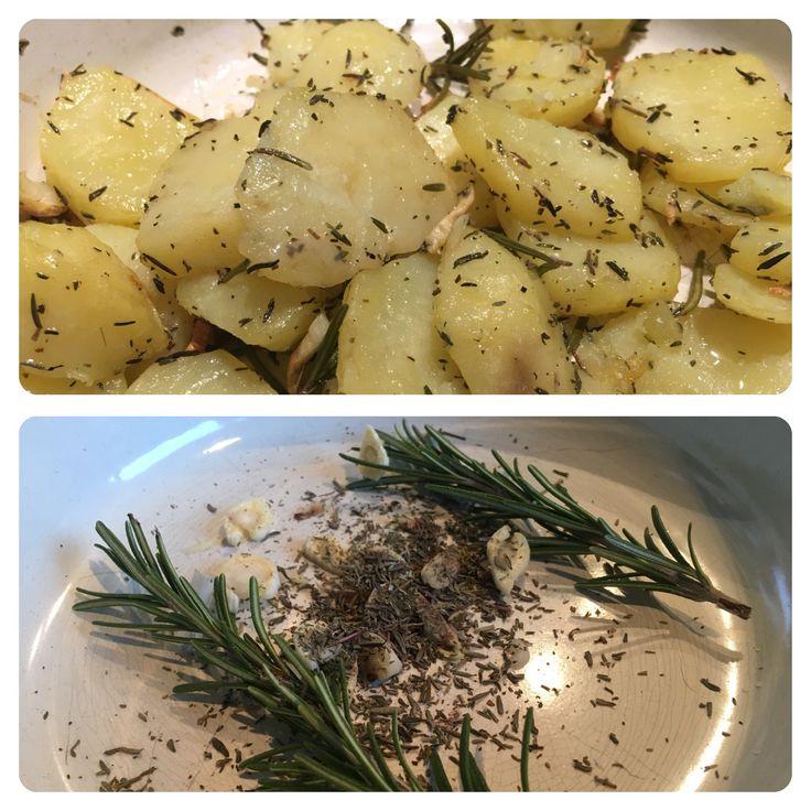 Gebakken aardappels uit de oven en verse kruiden  Bereidingswijze volgt