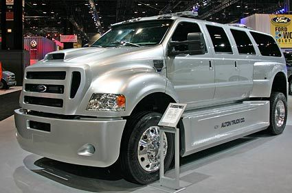 Extreme Big Luxury Trucks | Chicago Auto Show 2008: Riding The Hybrid Wave