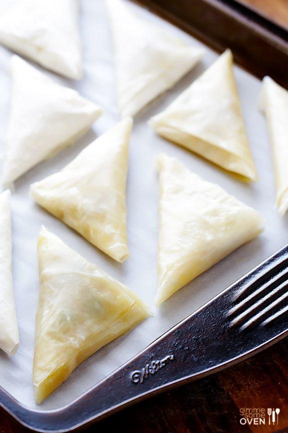 How To Make Baked Samosas (2 Ways!) | gimmesomeoven.com