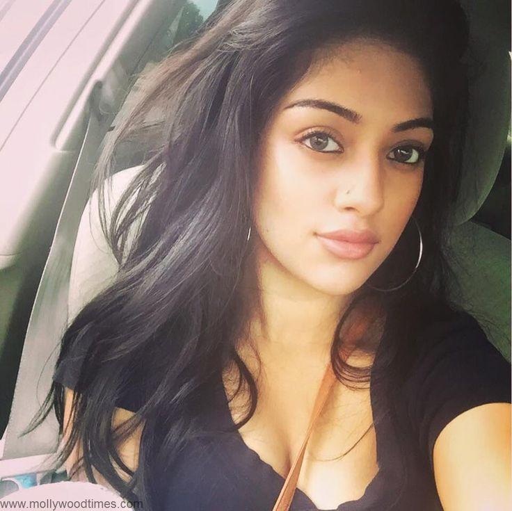 Mallu Actress Anu Emmanuel Hot N Sexy Personal Pics ★ Desipixer  ★