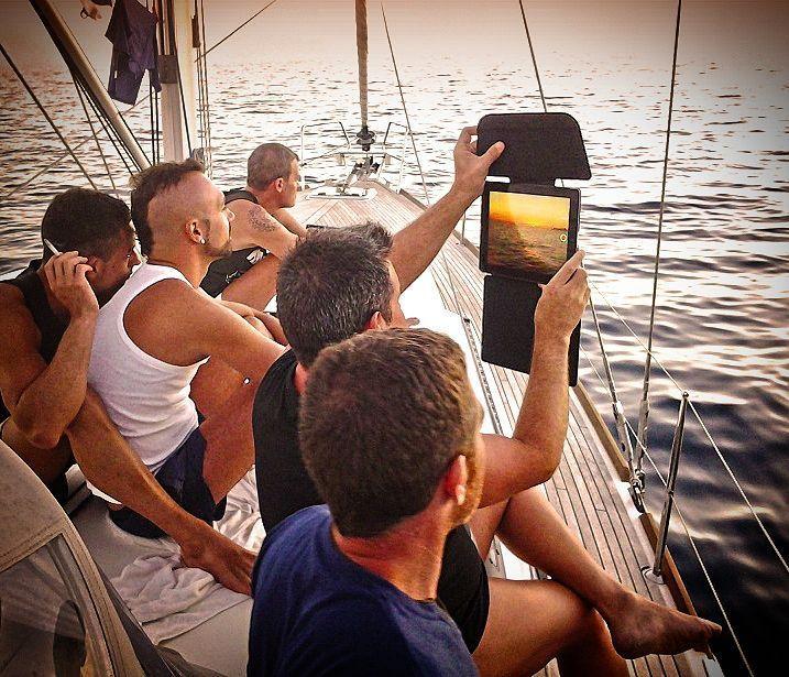 A unforgettable sunset is waiting for you aboard this gay yacht  Read the story at bit.do/sunsets  ____ #canaryislands #canaryislandsLGBT #gaytravel #gaytravelinsta #gay #lgbt #latitudeoflife #bringyourholidayoutofthecloset #gaycruise #cruise #sailboat #yacht #maspalomas #gaymaspalomas #grancanaria #gaygrancanaria by bringyourholidayoutofthecloset