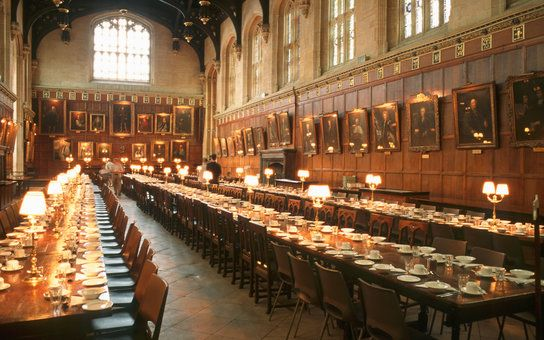 Here's Your Chance to Spend a Romantic Evening in the Great Hall at Hogwarts