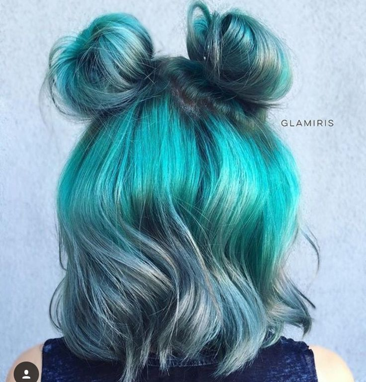 ocean blue and silver-grey. stunning colors together.
