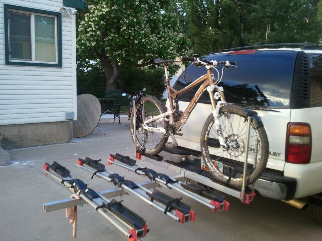25 Unique Hitch Mount Bike Rack Ideas On Pinterest Hitch Bike