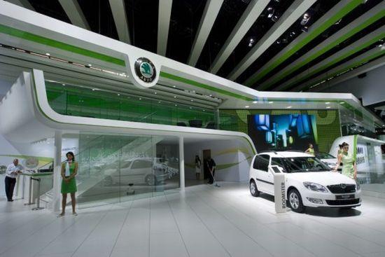 Skoda power their Paris Auto Show stand using human power ...