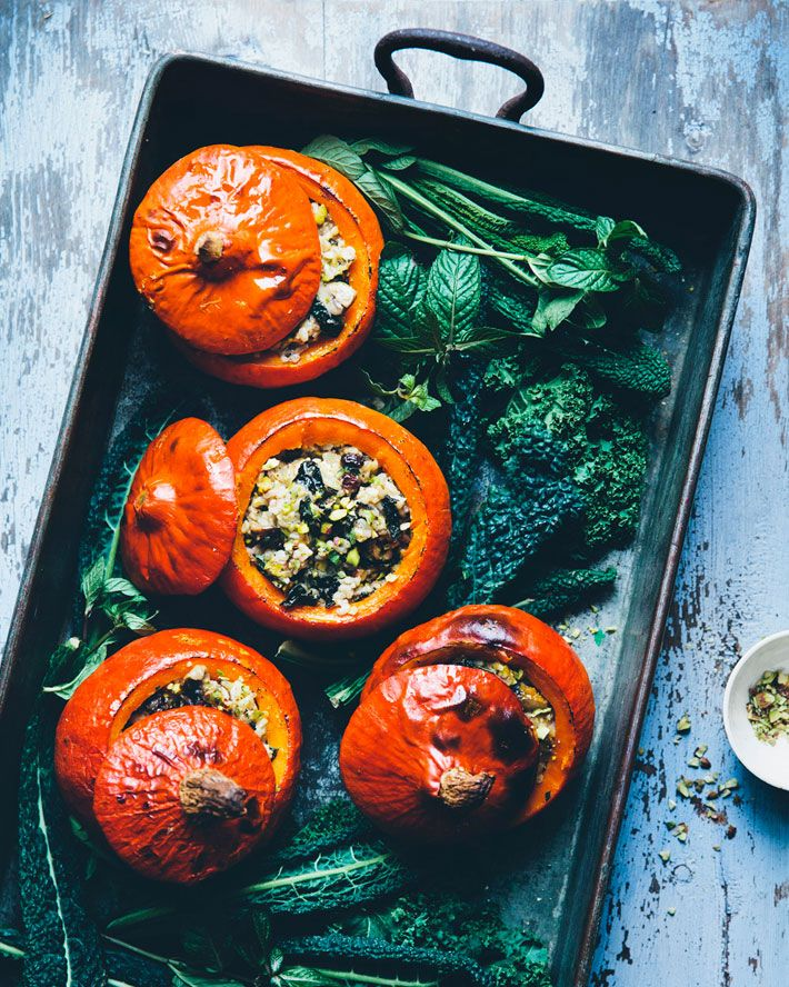 I'm sure that everyone who read the inspiration interview with David and Luise from Green Kitchen Stories has been getting excited about their guest recipe all week and it's absolutely not going to let you down! These holiday stuffed pumpkins are truly incredible and they're so beautiful – all your guests will love them. They make …