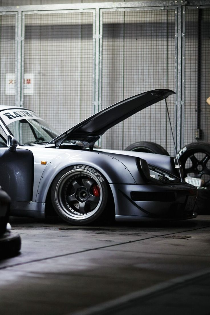 Sleeping Porsche
