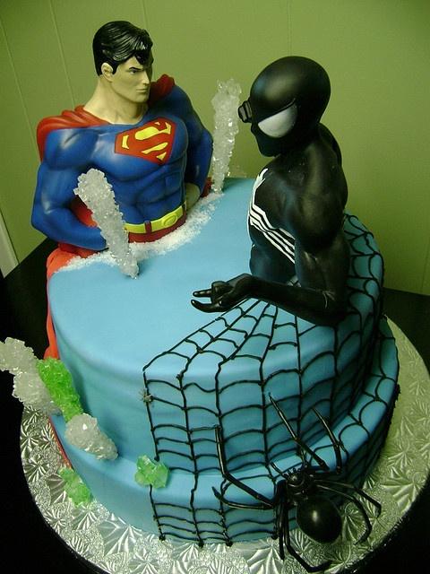 Unique Batman Vs Superman Bedroom Ideas That Rock: 33 Best Images About Superman Cake On Pinterest