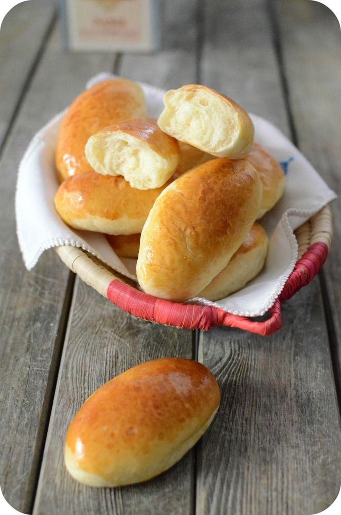Les navettes, ce sont des mini-pains au lait, très moelleux qu'on peut déguster au petit-déjeuner ou bien pour en faire des mini sandwichs lors d'un apéritif !